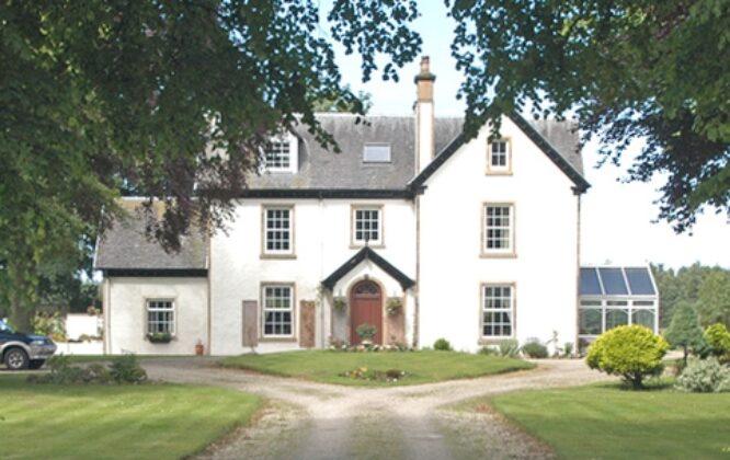 Trochelhill Country House B