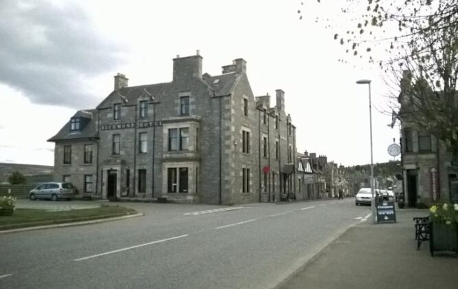 Richmond Arms Hotel