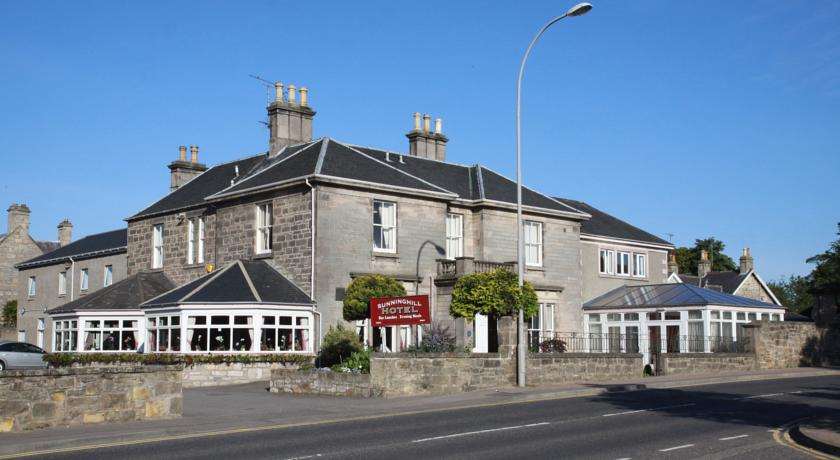 Sunninghill Hotel in Elgin