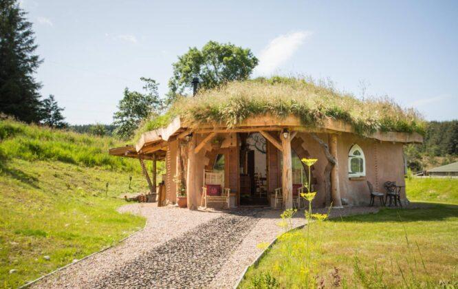 Picture of an outdoor Hobbit Hideaway