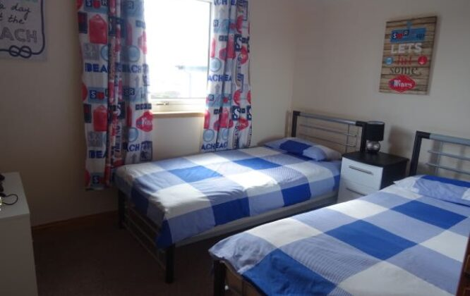Picture of a twin room in Lossiemouth