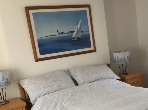 Picture of a king-sized bedroom