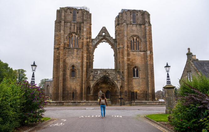 Picture of Elgin Catherdral