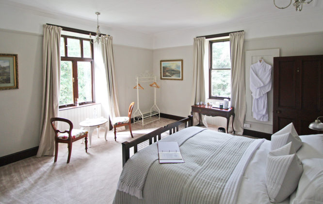 Picture of bedroom in Isla Bank Hotel
