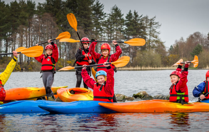 Picture of kayaking with Outfit Moray